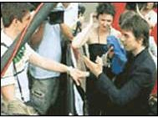 Tom Cruise'a 'soğuk duş'